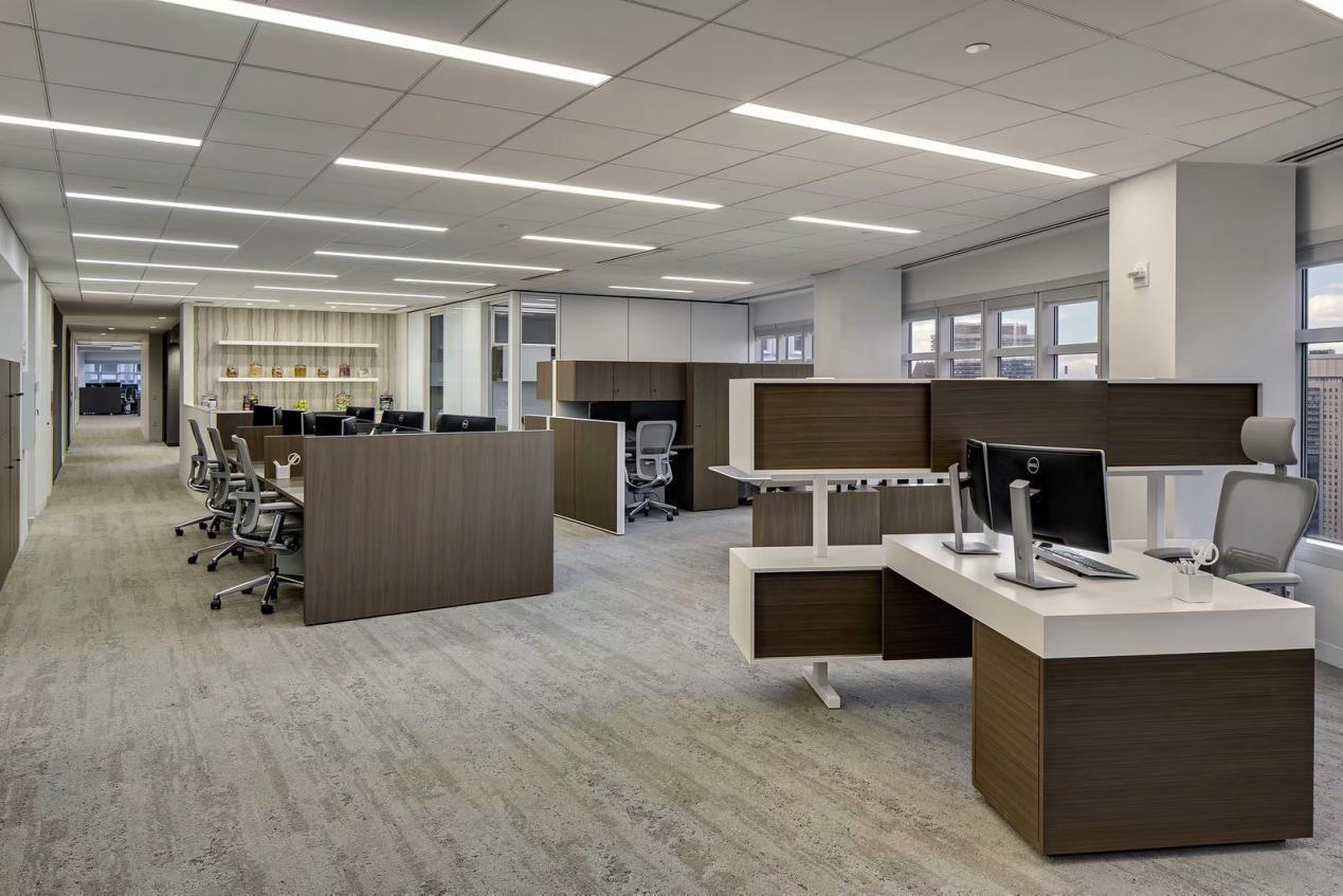 伟通办公家具定制案例:新百大厦