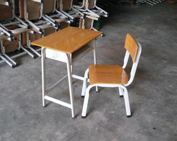 课桌椅-01
